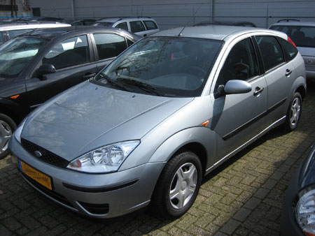 Ford Focus 1.4 Cool Edition, powered by affiliate marketing